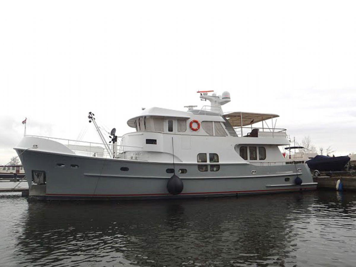 More Details Farmont 70 Motor Yacht For Sale