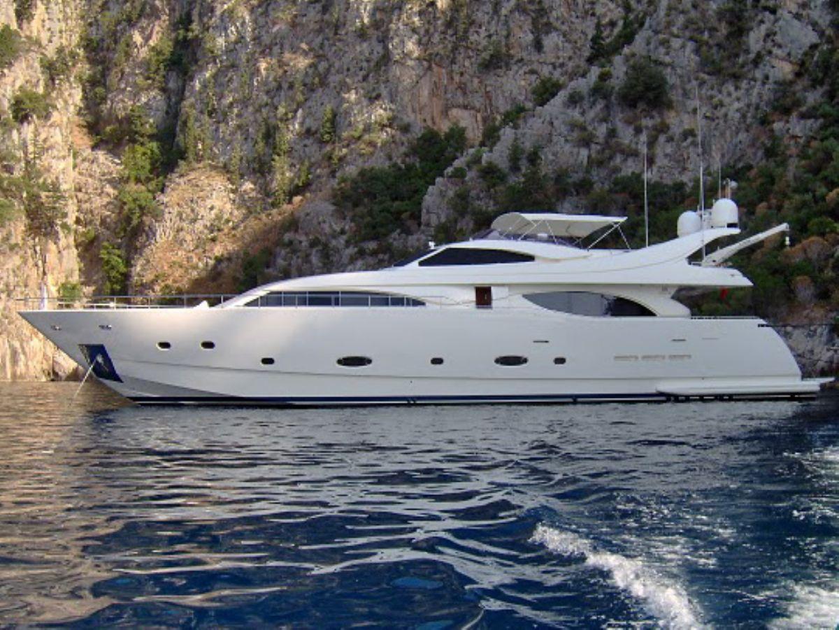 Ferretti 94 Custom Line, Motor Yacht