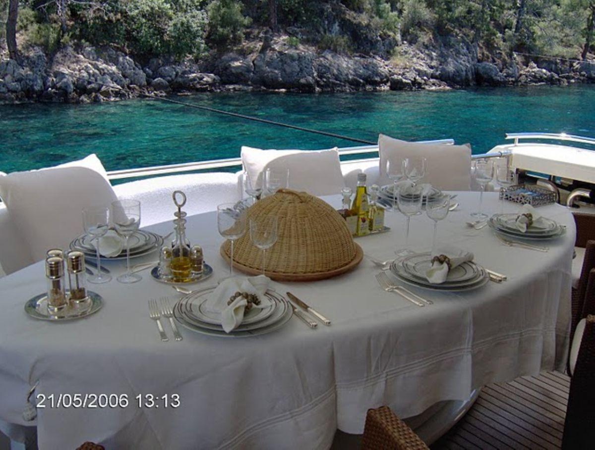 More details : Ferretti 94 Custom Line : Motor Yacht for sale