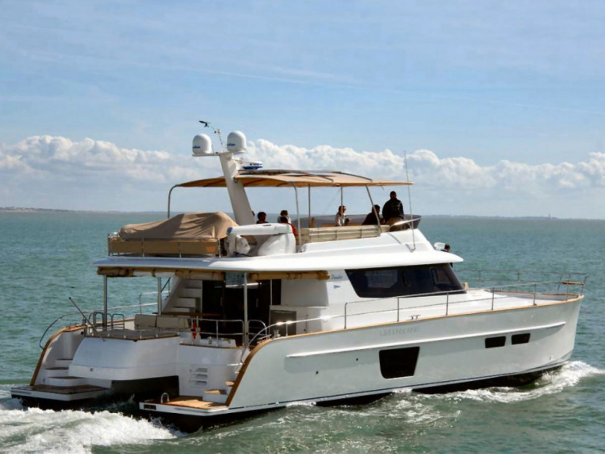 Fountaine Pajot Queensland 55, Motor Yacht