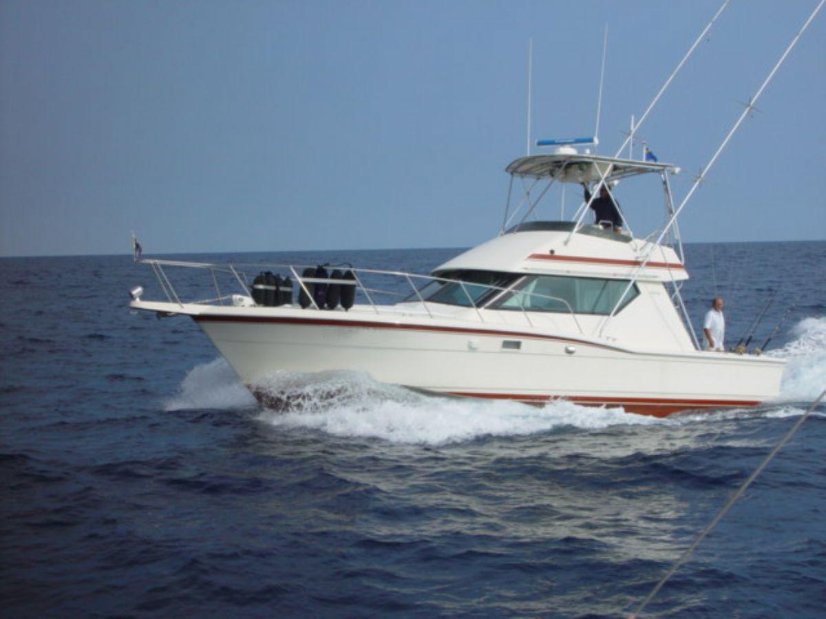 Hatteras 38, Motor Yacht